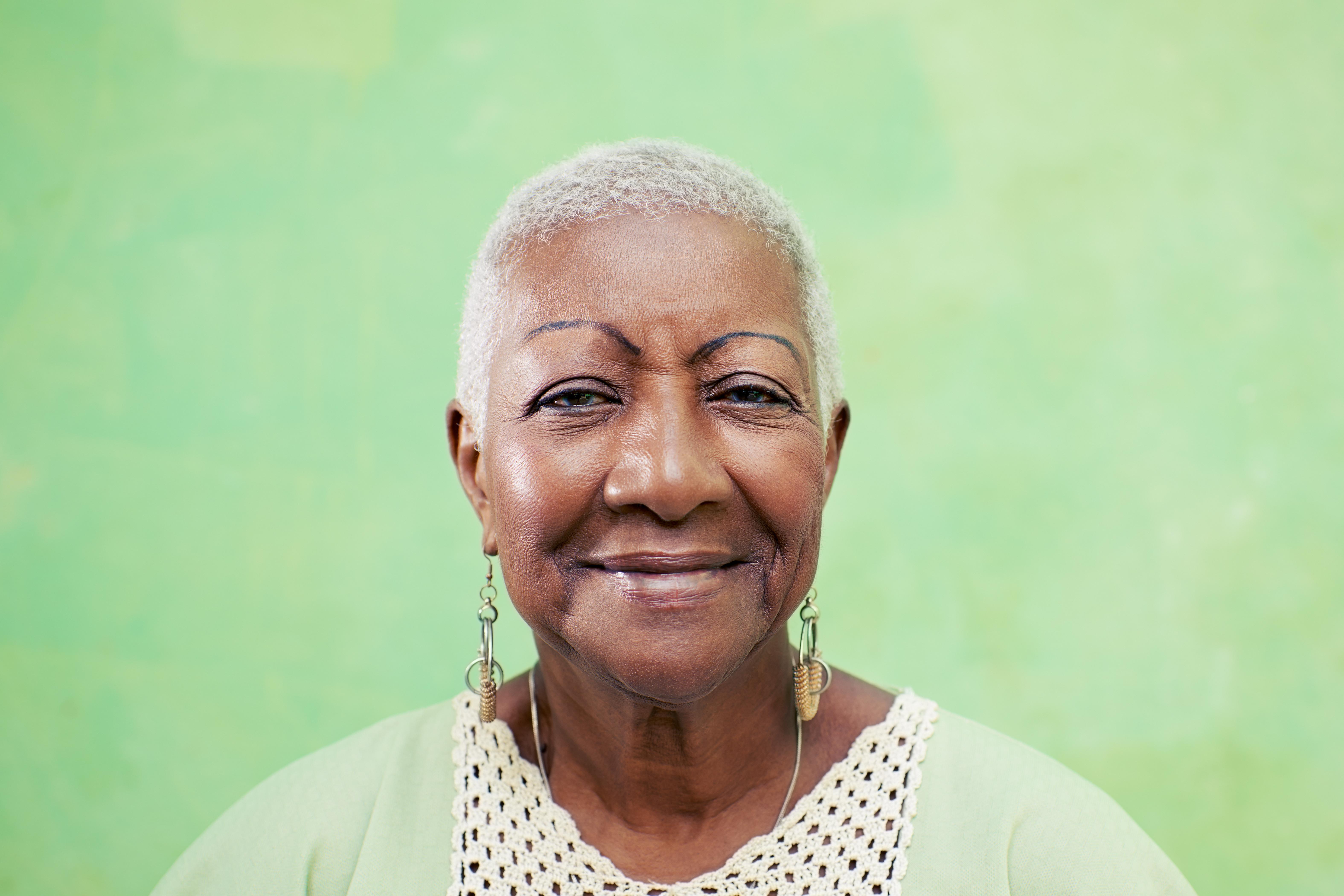 Senior black people com
